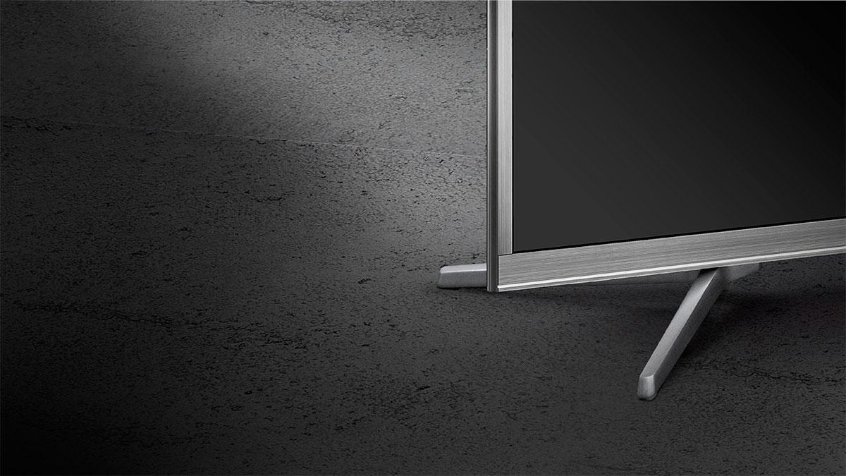 Datorita designului subtire televizorul Kruger&Matz va arata bine fie ca il asezi pe o comoda TV, sau il montezi pe perete. Mai mult, carcasa de aluminiu ii confera stil, acesta reusind sa se incadreze perfect in decorul camerei tale.