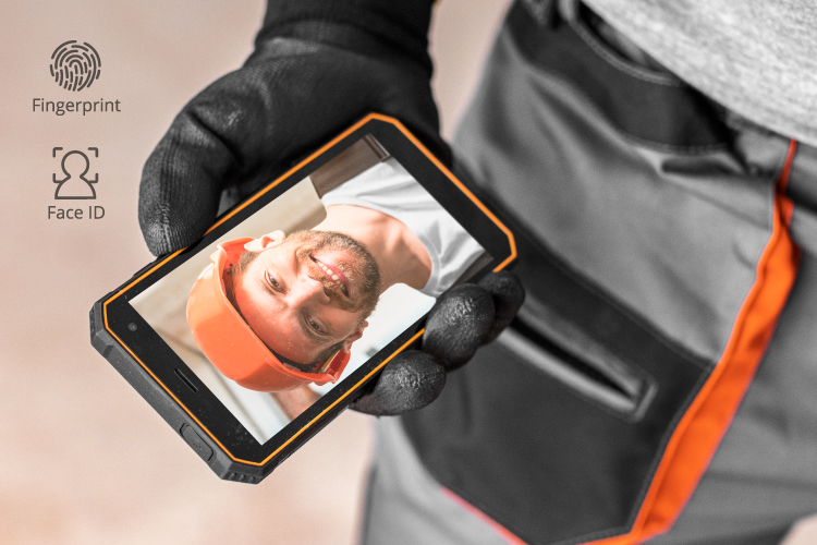 Smartphone cu Face Unlock