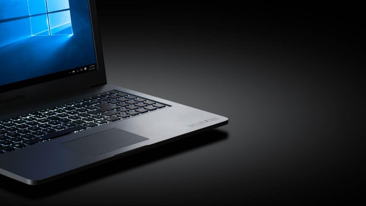 Stai in fata laptopului pana tarziu in noapte urmarind filme, jucandu-te sau lucrand? Iluminarea tastaturii la seria Explore Pro este solutia perfecta ca sa te poti bucura de notebookul tau chiar si pe intuneric.